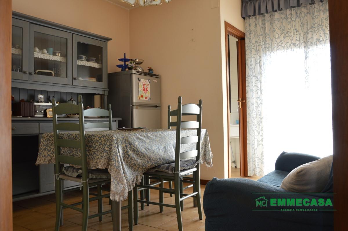 Appartamento vendita VALENZANO (BA) - 4 LOCALI - 115 MQ