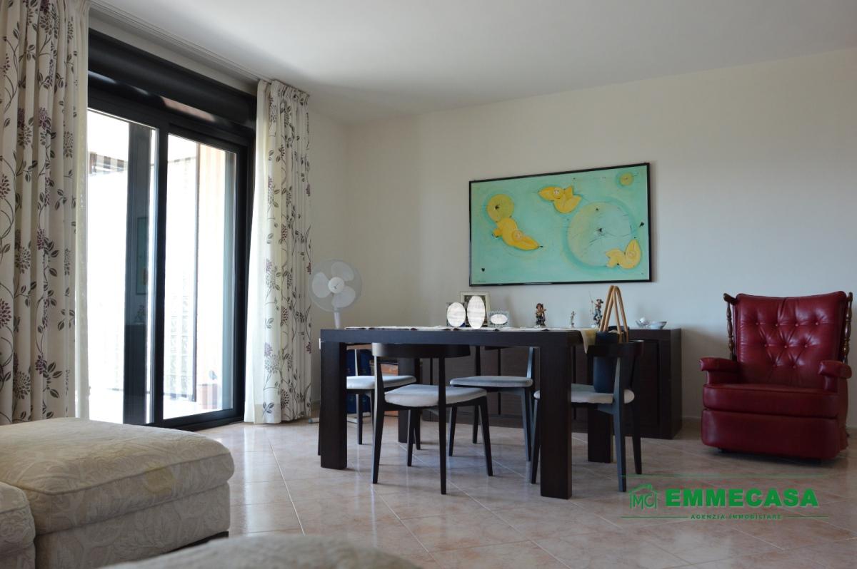 Appartamento Valenzano BA1063998